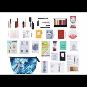 Handbags - Ulta 28pc beauty bag